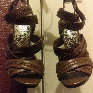 Gianni Bini Zipper Heels